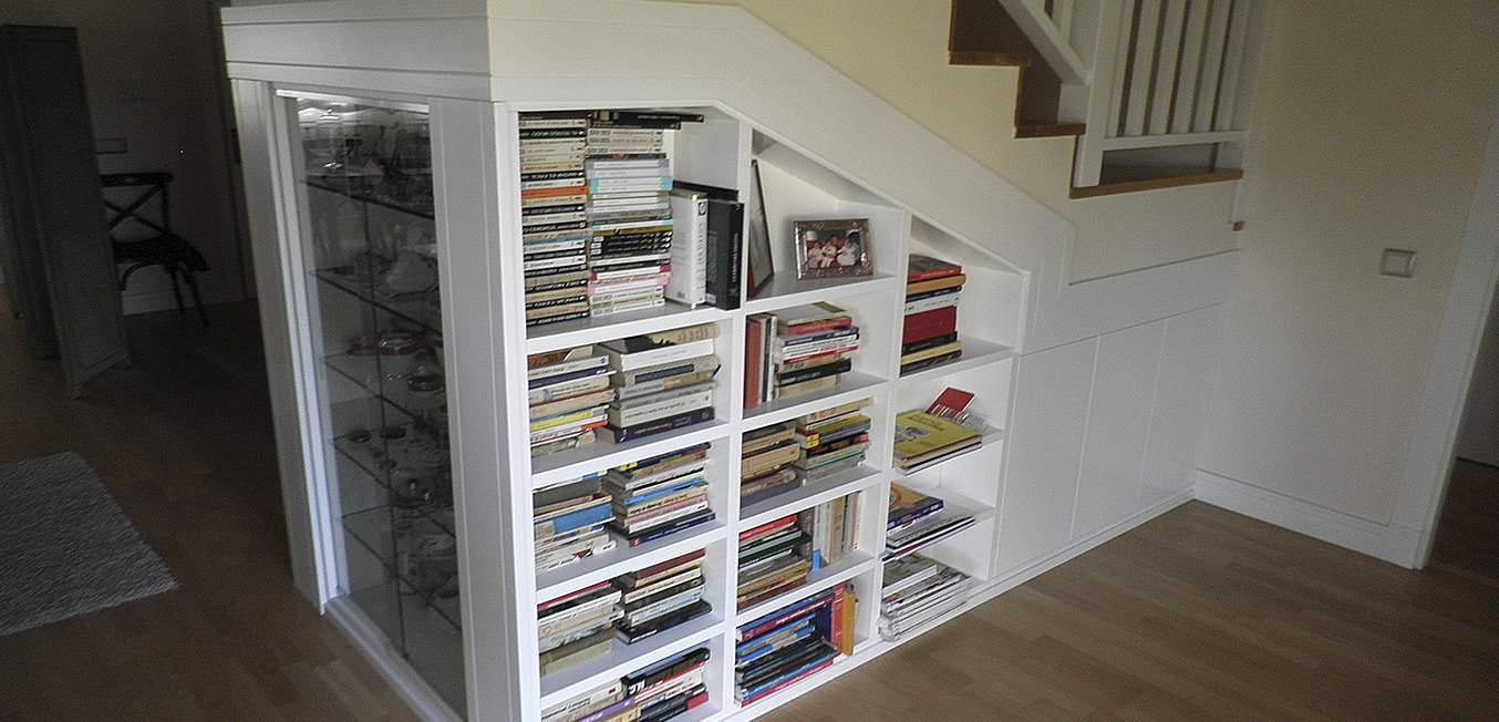 Diseño librería escalera